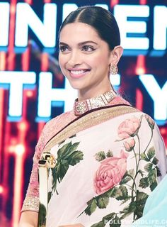 Deepika Padukone so gorgeous