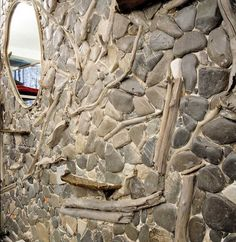 parete scultura con decoro mosaico spiaggia verticale