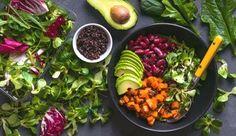 Abnehmen kann so einfach UND lecker sein! » Mit unseren Abnehm-Rezepten für Frühstück, Mittag und Abendessen purzeln die Pfunde im Nu.