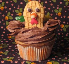 Thanksgiving Turkey cupcake big 2