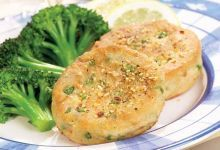 New England Salmon Cakes