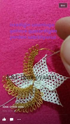 This Pin was discovered by ınc Fabric Flower Brooch, Fabric Flowers, Needle Lace, Bobbin Lace, Lace Making, Flower Making, Bead Crochet, Filet Crochet, Lace Embroidery