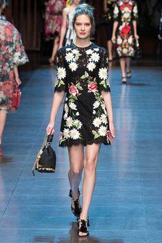 Sfilate Dolce & Gabbana - Collezioni Primavera Estate 2016 - Collezione - Vanity Fair