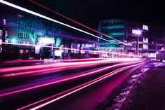 Neon light trails in Munich photo by Emre Karataş ( on Unsplash Road Pictures, Wall Pictures, Time Lapse Photography, Night Photography, Photography Tricks, Phone Photography, Friday Night Lights, Light Trails, Purple Wallpaper