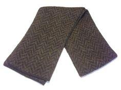 - Icelandic Brushed Wool Scarf - Leaf Pattern - Wool Accessories - Nordic Store Icelandic Wool Sweaters