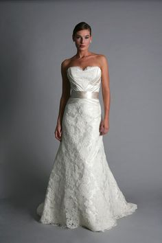 Another beauty from Modern Trousseau