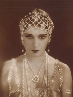 Red Poulaine's Musings: Silent Film Star, Lily Damita, in Pearl Headdress, circa 1920s