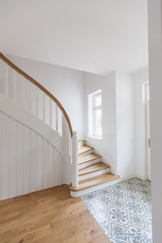 Home Decoration «Treppenbau Schmidt GmbH All American Modern Art For Home And Garden Weatherv Stairways, Entrance, Family Room, Sweet Home, New Homes, Construction, House Design, Flooring, Interior Design