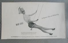 "Here I am offering a very rare original 1956 advertisement for a Bild Lilli doll (Barbie's predecessor). A half side page from the German toy trade newsletter ""Das Spielzeug) = The Toy. I have written 2 Books about Barbies long ago, had many Bild Lillis in my collection, also long ago, but never came across another one of these adds. Very Rare.  Size: 9"" x 5"". Excellent vintage condition. See photos. Shipping: Worldwide $12. 