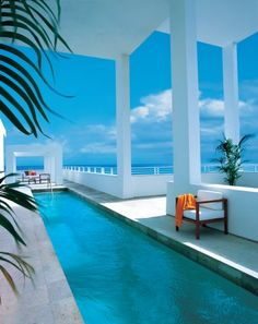 The Shore Club, designed by David Chipperfield is a 3 acre village like oasis consisting of 3 large buildings centered around 2 infinity pools, the reknowned #Skybar and an arched bridge that leads you to the ocean...