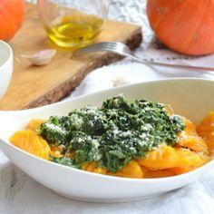 Recept na dýňové noky se špenátem krok za krokem - Vaření.cz Salad Recipes, Healthy Recipes, Gnocchi, Thai Red Curry, Risotto, Macaroni And Cheese, Salads, Yummy Food, Pasta