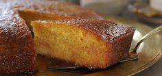 Το Ραβανί με καρύδα είναι ένα γλυκό με υπέροχη γεύση που θα σας συναρπάσει με τα αρώματα του και με την γεύση που θα αφήσει στον ουρανίσκο σας.