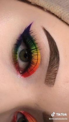 Matte Eye Makeup, Edgy Makeup, Eye Makeup Steps, Eye Makeup Art, Crazy Makeup, Smokey Eye Makeup, Eyebrow Makeup, Eyeshadow Makeup, Rainbow Eye Makeup