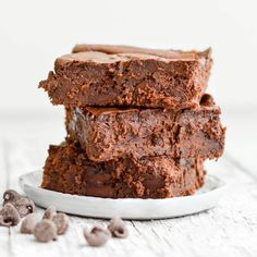 Black Bean Brownie Recipe! Dairy-free, gluten-free and no refined sugar. Ready in 35 minutes and delicious straight from the oven.