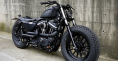 harley-davidson-sportster-iron-883-personalizada-customizada-guerilla-01