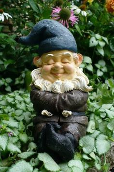 10 in Garden Gnome Smiling Arms Folded Across Chest Lawn Ornament Yard Decor | eBay
