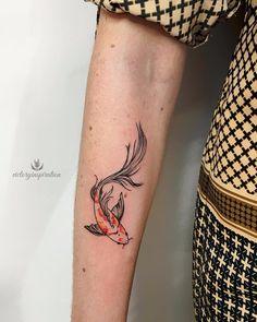 Watercolor tattoo on forearm by Viktoriya Toropova Girl Neck Tattoos, Forearm Tattoos, Body Art Tattoos, Small Tattoos, Dragon Tattoo Back Piece, Dragon Sleeve Tattoos, Koi Tattoo Sleeve, Tatouage Poisson Koy, Pretty Tattoos