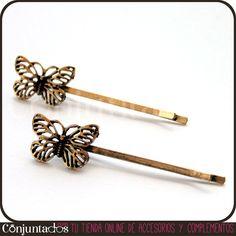 Nuestras #horquillas de color oro envejecido con adorno de #mariposa pueden cambiar tu look en unos segundos. Son el accesorio imprescindible para mujeres con pelo corto o largo, ¡da igual! Recoge un mechón y plántate un par de estas preciosas horquillas en el pelo. ¡Rejuvenecen y son mucho más baratas que la peluquería! Precio: 3.95 € en http://www.conjuntados.com/horquillas-de-mariposas.html #Hair #butterfly #fashion #accesorios #trendy #tendencias #PymesUnidas #moda #estilo #style