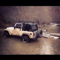 @zwieli #gooutside #jeepbeef Beyond the Wave #livingJeep #Padgram