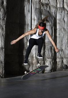 Nike Women Presents: Leticia Bufoni Finger Skateboard, Skateboard Girl, Creature Skateboards, Sky Brown, Nike Skateboarding, Skate Store, Skate And Destroy, Skate Girl, Longboarding