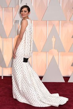 Marion Cotillard in Dior Couture at the Annual Academy Awards // 2015 Oscars Red Carpet Oscar Photo, Dior Gown, Oscar Fashion, Fashion Fail, Net Fashion, Christian Dior Couture, Marion Cotillard, Oscar Dresses, Red Carpet Looks