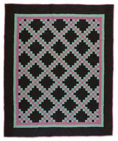 Triple Irish Chain quilt, circa 1930, Amish (Ohio).  Speed At Museum (Kentucky)