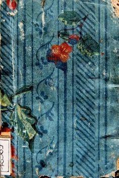 Le Bibliomane Moderne : Bibliophilie et autres Bibliomanies ...: Des papiers dominotés ! encore et encore ! et bientôt encore plus ! La bibliothèque de la ville de Grasse (06) collabore à notre projet de base de données.