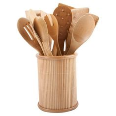 Including tools for meat tenderizing, sauteing, and making pasta, this 14-piece bamboo utensil set is an essential addition to your well-appointed kitchen.