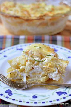 Cartofi frantuzesti   Savori Urbane Facebook Recipe, Romanian Food, Macaroni And Cheese, Food And Drink, Meals, Dinner, Cooking, Healthy, Ethnic Recipes