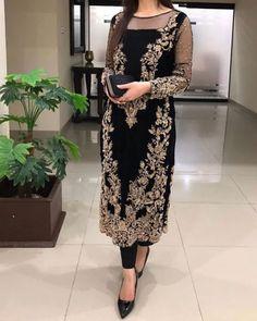 Pakistani Fashion Party Wear, Pakistani Wedding Dresses, Pakistani Outfits, Indian Outfits, Indian Fashion, Shadi Dresses, Pakistani Formal Dresses, Indian Dresses, Bridal Mehndi Dresses