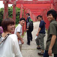 「地撮り」の醍醐味!( ´ ▽ ` )ノ #30jidori #30doga #jvuymg @ 元乃隅稲成神社 instagram.com/p/aU-AD8lAi2/