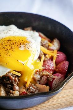 Our single serve, Low Carb Breakfast Bowl uses the perfect, low carb potato substitute, radishes, and each layer adds a delicious element to every bite!