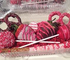 Valentine assortment. Cakepops, chocolate covered pretzels & chocolate covered strawberries.
