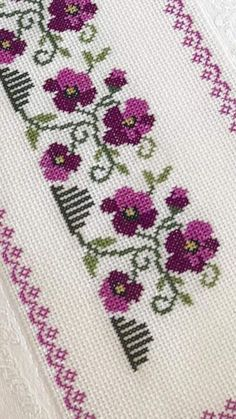 1 million+ Stunning Free Images to Use Anywhere Cross Stitch Borders, Cross Stitch Rose, Cross Stitch Flowers, Cross Stitch Designs, Cross Stitch Embroidery, Embroidery Patterns, Hand Embroidery, Cross Stitch Patterns, Palestinian Embroidery
