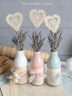 Tutti guardano le nuvole: Valentine's Day Bottle Art, Bottle Crafts, Decoration Shabby, Bottles And Jars, Hostess Gifts, Diy Party, Vintage Decor, Altered Art, Crochet