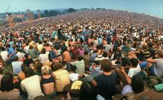 Woodstock at Photos From 1969 - The Atlantic Woodstock Music, Woodstock Festival, Woodstock Pictures, John Sebastian, Festivals In August, Long Exposure Photos, Rare Historical Photos, Creedence Clearwater Revival, Joan Baez