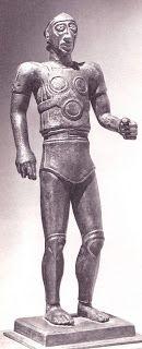 estatueta de guerrero (visibles las falarias) s.III a.C.