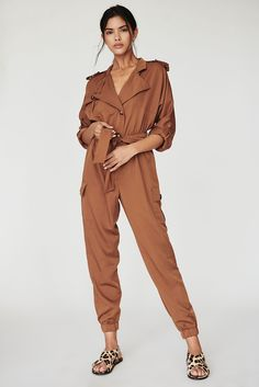 casual jumpsuit Casual jumpsuits for women to wear in Spring and Summer Overalls Outfit, Casual Jumpsuit, Playsuit Romper, Indian Celebrities, Contemporary Fashion, Vintage Outfits, Vintage Clothing, Women's Clothing, Jumpsuits For Women