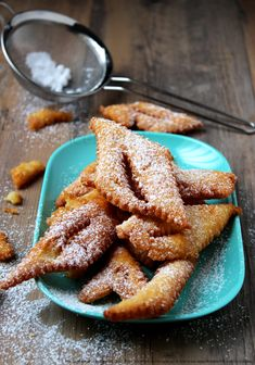 Beignets, Mardi Gras Carnival, Carnival Food, Donut Recipes, Baking Recipes, Chefs, Chef Simon, Donut Glaze, French Pastries