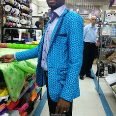 Top 15 Shweshwe design For children, men and women - Reny styles African Fashion Dresses, African Dress, Blazers For Men, Men And Women, Vogue, Traditional, Children, Casual, Jackets
