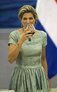 Despite being diagnosed with a kidney infection, Maxima was spotted sipping what appeared to be a glass of red wine