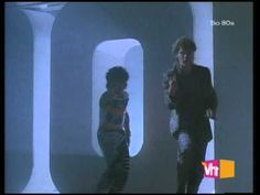 Hall And Oates - Out Of Touch - YouTube