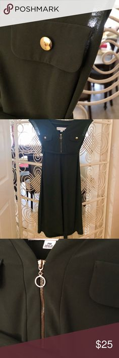 Beautiful olive green dress from Emma Michelle Olive green dress from Emma Michelle. It is a tie in the middle to cinch the waist. Zippers and buttons are high quality. Size Petite Medium but I can also fit a small. I'm 5'2 and this reaches just above my knees . Dresses Midi