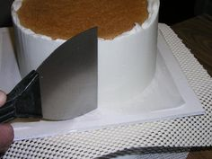 Upside Down Icing Technique for Perfectly Smooth Icing