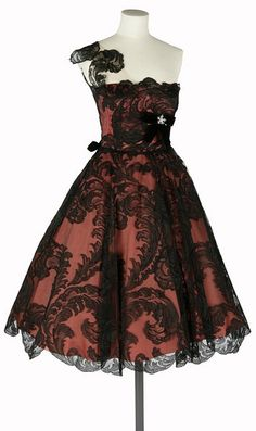 Worth Dress - c. 1960 - by House of Worth