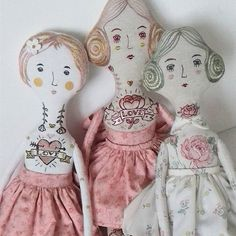 When they are all together..#dollmaker #artdoll #doll #fabricdoll #textiledoll #handmade #handmadedoll #dollartist #handmadelover #embroidery #embroideredoll #clothedoll #contemporaryembroidery