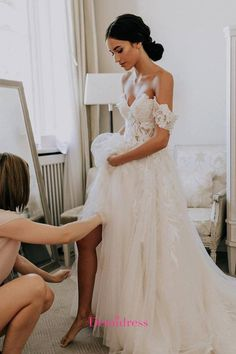Wedding Dresses Discover Chic Off The Shoulder Tulle Wedding Dress Ivory A Line Wedding Dress Poofy Wedding Dress, Wedding Dresses Plus Size, Modest Wedding Dresses, Pakistani Bridal Dresses, Semi Formal Dresses, Luxury Wedding Dress, Cheap Prom Dresses, Cheap Wedding Dress, Short Sleeve Dresses