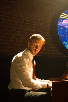 "It's OK to Listen to Ryan Gosling Sing ""City of Stars"" Over and Over"