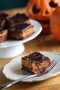 Triple Layer Pumpkin Pie Bars from Pidges Pantry