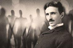 SERIA NIKOLA TESLA UM CONTATADO?… Nikola Tesla nasceu em 9 de julho de 1856, na vila de Smiljan, na Croácia, exatamente à meia noite. Desde o início de sua infância, ficou claro que Tesla era uma m…